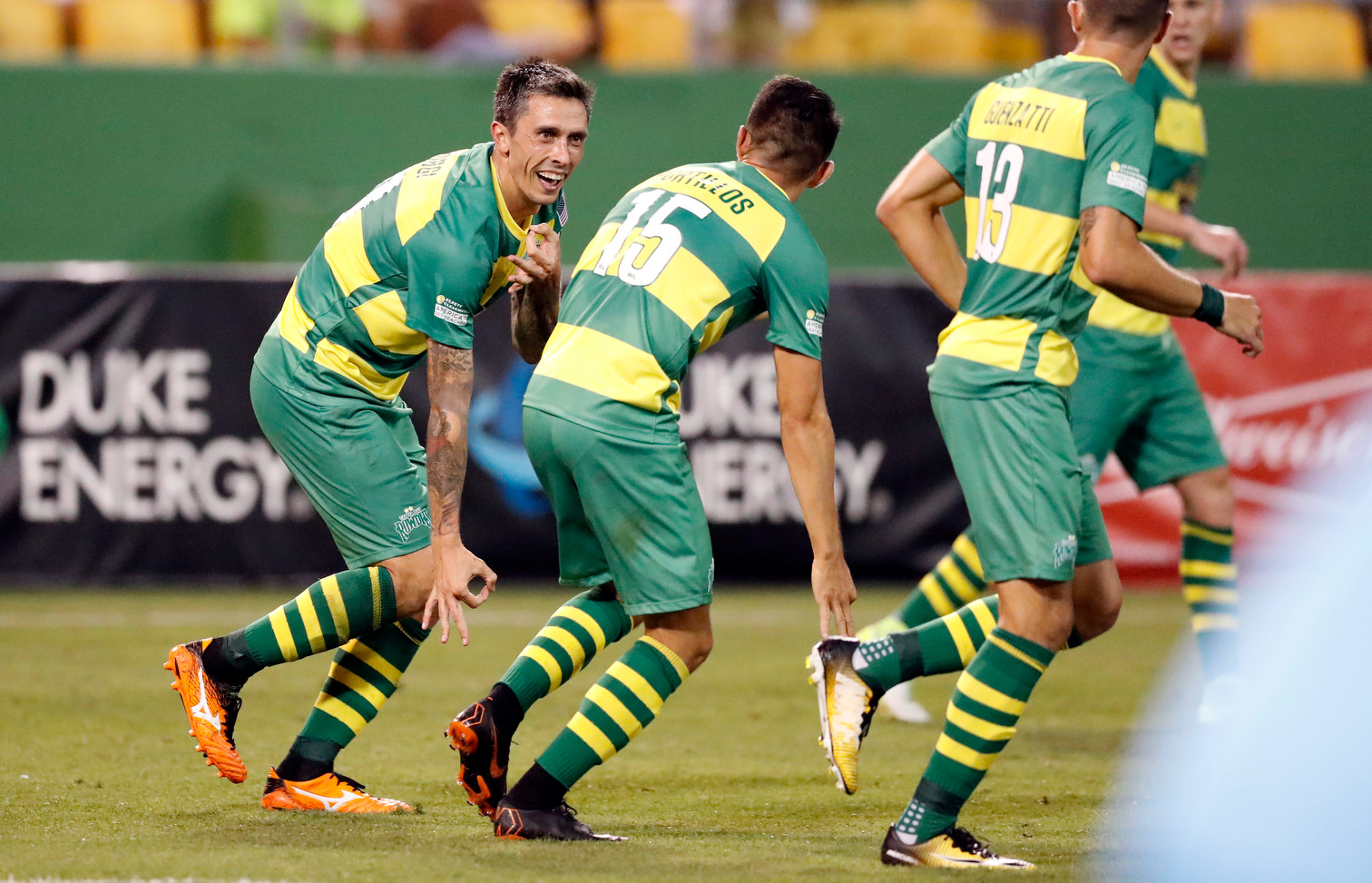 Rowdies vs Monarchs