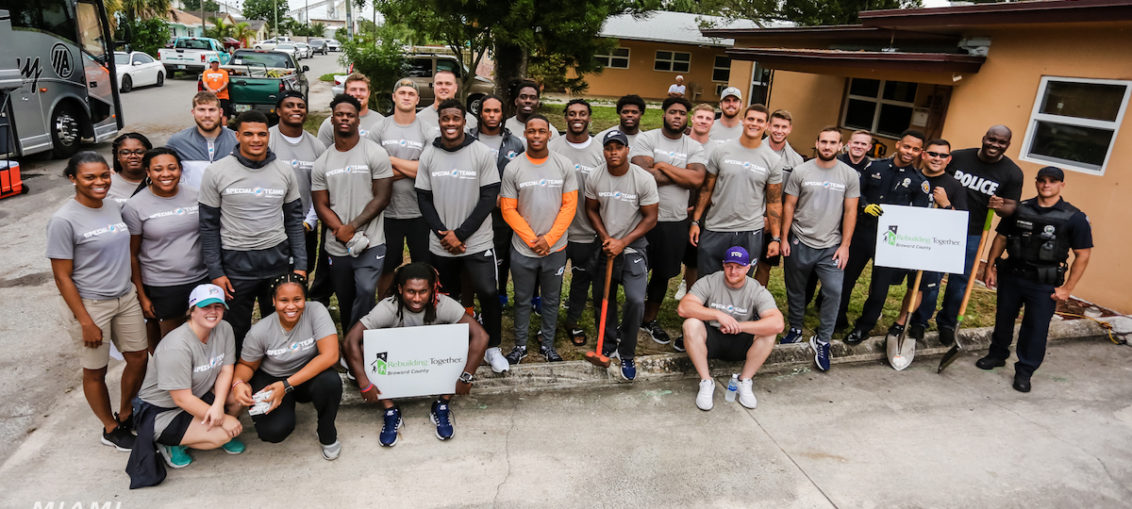 Miami Dolphins 2018 Rookies Rebuilding Together Service Project Group Photo