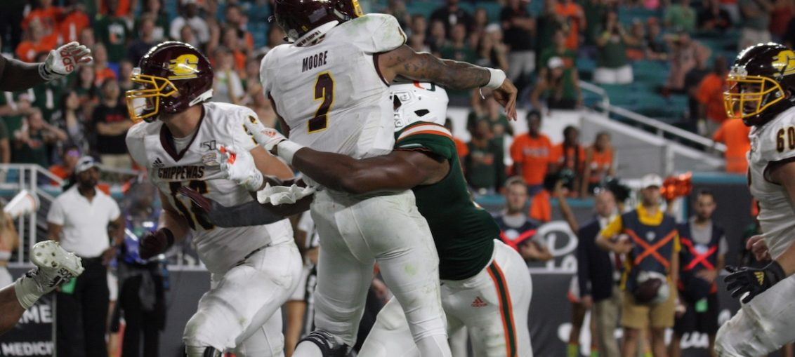 Miami Hurricanes ugly win