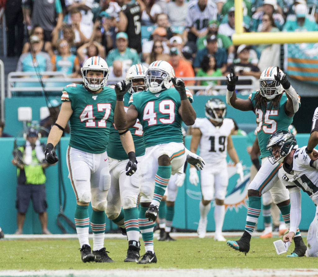 Fins beat the Eagles